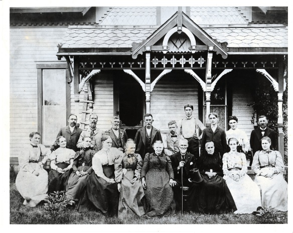 Henry Bascom Wilson and Nancy Caroline (Dunn) Wilson with family. Circa 1895-1910 (based on how old the youngest look in the photo)